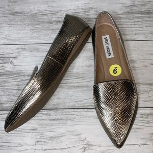 Steve Madden Gold Flats Size 5 , 8 , 9 NWOT